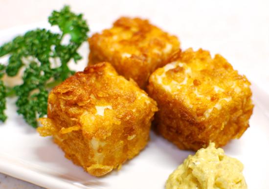 豆腐のコーンフレーク揚げ カレーマヨネーズ11-550