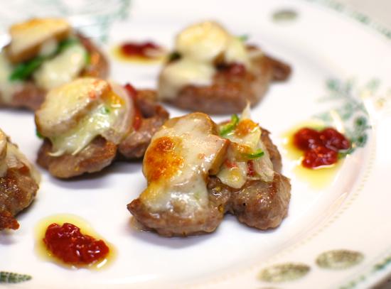 豚ヒレ肉のピザ風味 梅ソース10-550
