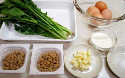 納豆のオープンオムレツ1