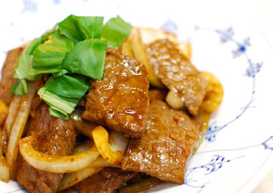 牛肉のスパイス炒め9-550