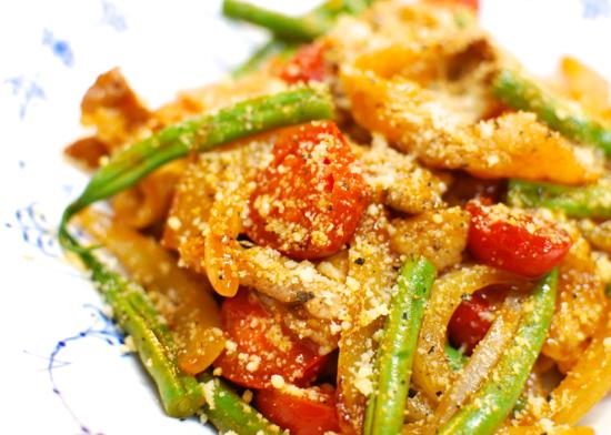 豚肉と初夏野菜のケチャップ炒め8-550