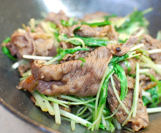 牛肉と水菜のしょうが炒め7-550