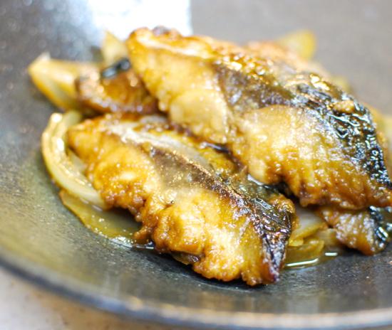サバとタマネギの黒酢煮8-550