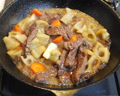 れんこんと牛肉のバターしょうゆ炒め7 (1)-400