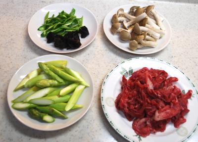 牛肉とアスパラの卵炒め1-400