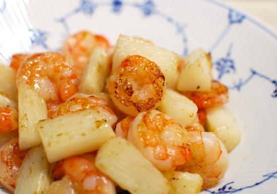 長芋とエビの炒めもの8-550