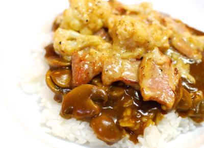 クリーム煮をかけたWソースのマッシュルームカレー11-400