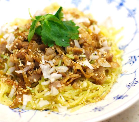 汁なし担々麺7 (1)-550