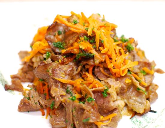 牛肉とにんじんのソテー10-550